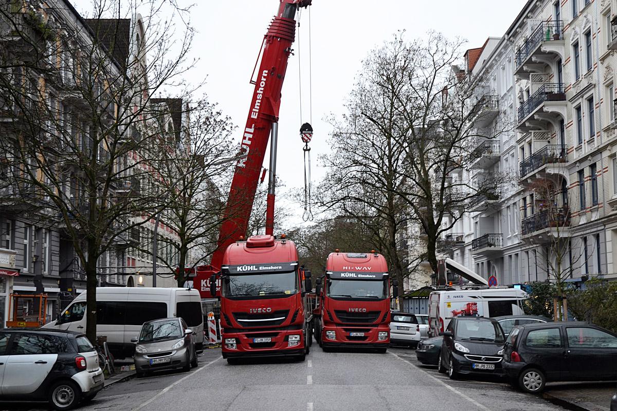 Aufbau des Krans in der Hegestraße 46.